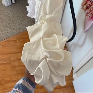 Forever 21 Tops - Forever 21 White Plunging Peplum Top